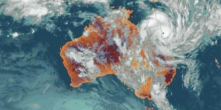Category 5 Cyclone Yasi hit Northern Queensland in 2011. Image: Tatters/Flickr
