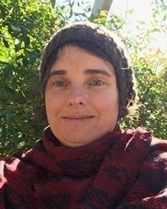 Dr Elisabeth Yarbakhsh