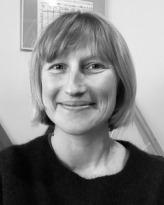 Dr Pia van Gelder