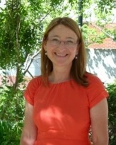 Dr Elisabeth Mayer